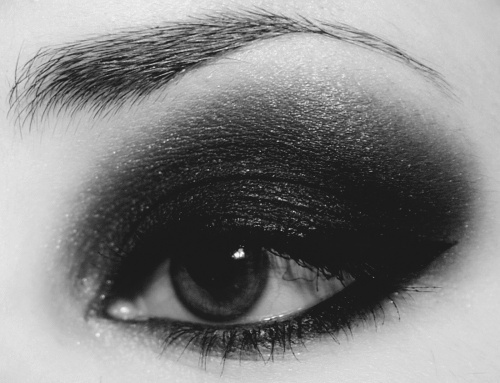 b&w, black, black and white, black eyeliner, eye