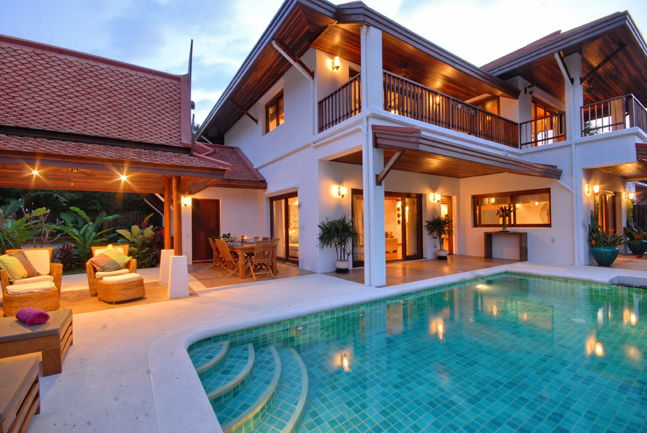 Original size of image 431344 for Luxury house pool