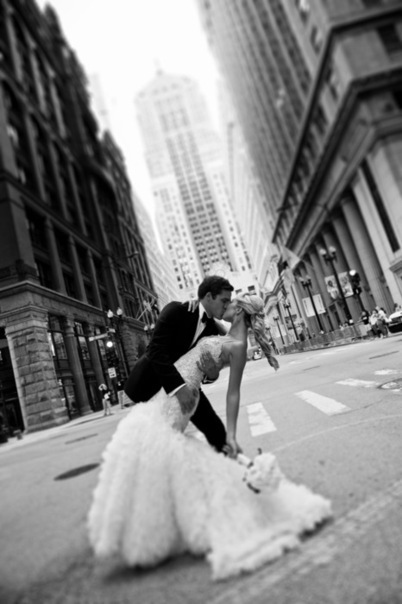 beautiful, black and white, bouquet, bride, city