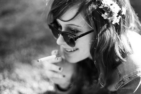 beautiful, black and white, colors, cute, fashion, girl, hair, light, my tumblr, photography, pretty, sweet, xoxo ;*