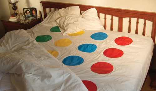 bed, funny, humor, lol, pillow, twister