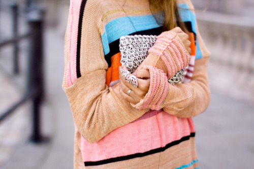 beige, black, cable knit, chains, color block, cute, fashion, knit, model, orange, oversize, pink, rings, soda caps, soda purse, street, street fashion, street style, teal