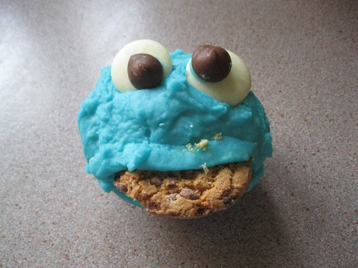blue, chocolate, cookie, cookie monster, cupcake