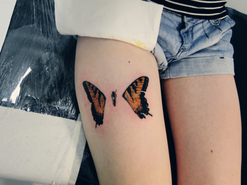 bne, brand new eyes, butterfly, butterfly tattoo, leg tattoo