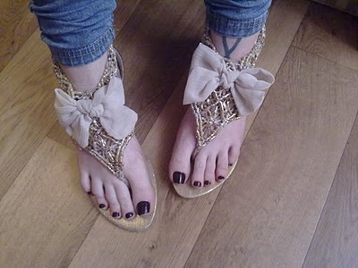bows, girly, gold, sandals, shoes