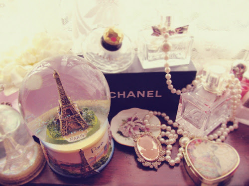 chanel, coffee, creps, cupcakes, fashion