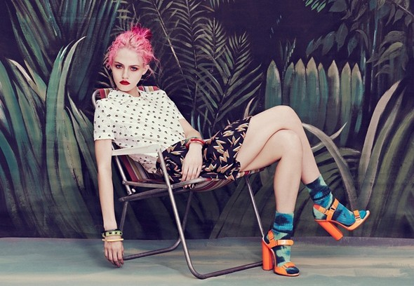 charlotte free, fashion, girl, heels, hipster, jeverly, legs, model, photography, pink, pink hair, pretty, sharlotta fri, skinny, thin, vintage