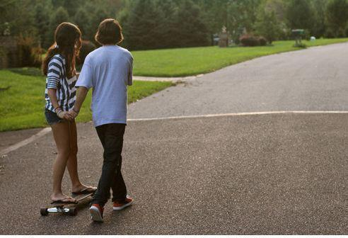 couple, couples, cute, cuter, hand, holding, love, lovers, perfect, picture, picutre, quote, road, skate, skater
