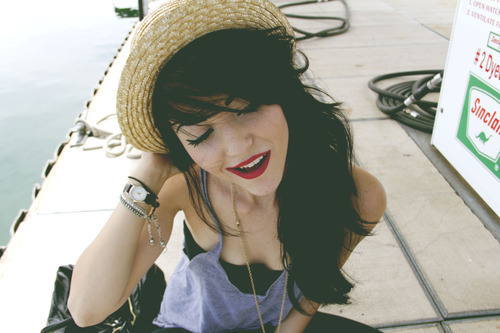 fashion, girl, hair, hat, lips, lipstick, red, red lips
