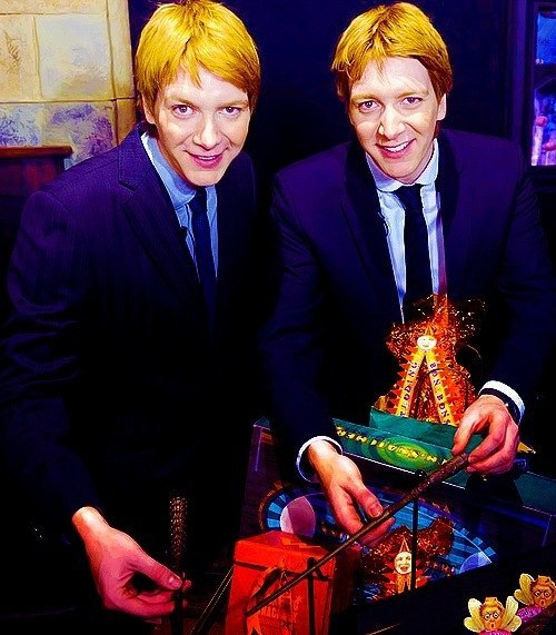 fred and george weasley, fred weasley, george weasley, harry potter, james phelps