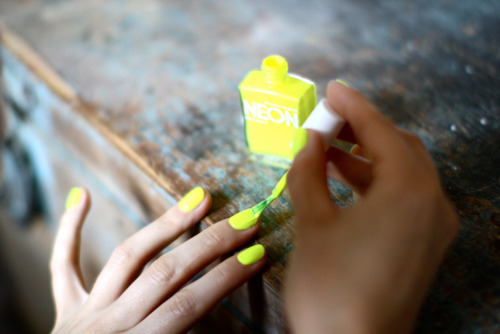 nail, nail polish, nailpolish, neon, yellow